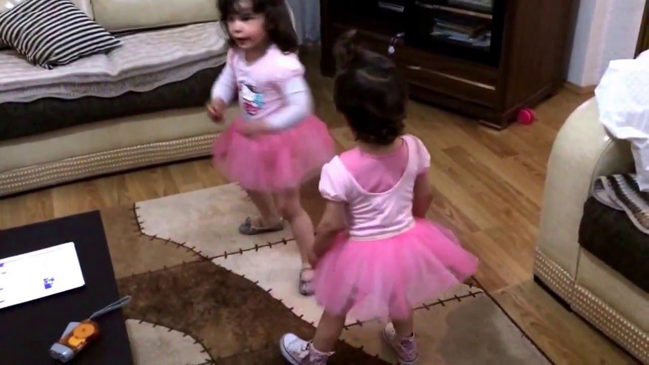 ae061abea19e3 Little ballerinas dancing in Hello Kitty tutu dress twinkle twinkle little  star