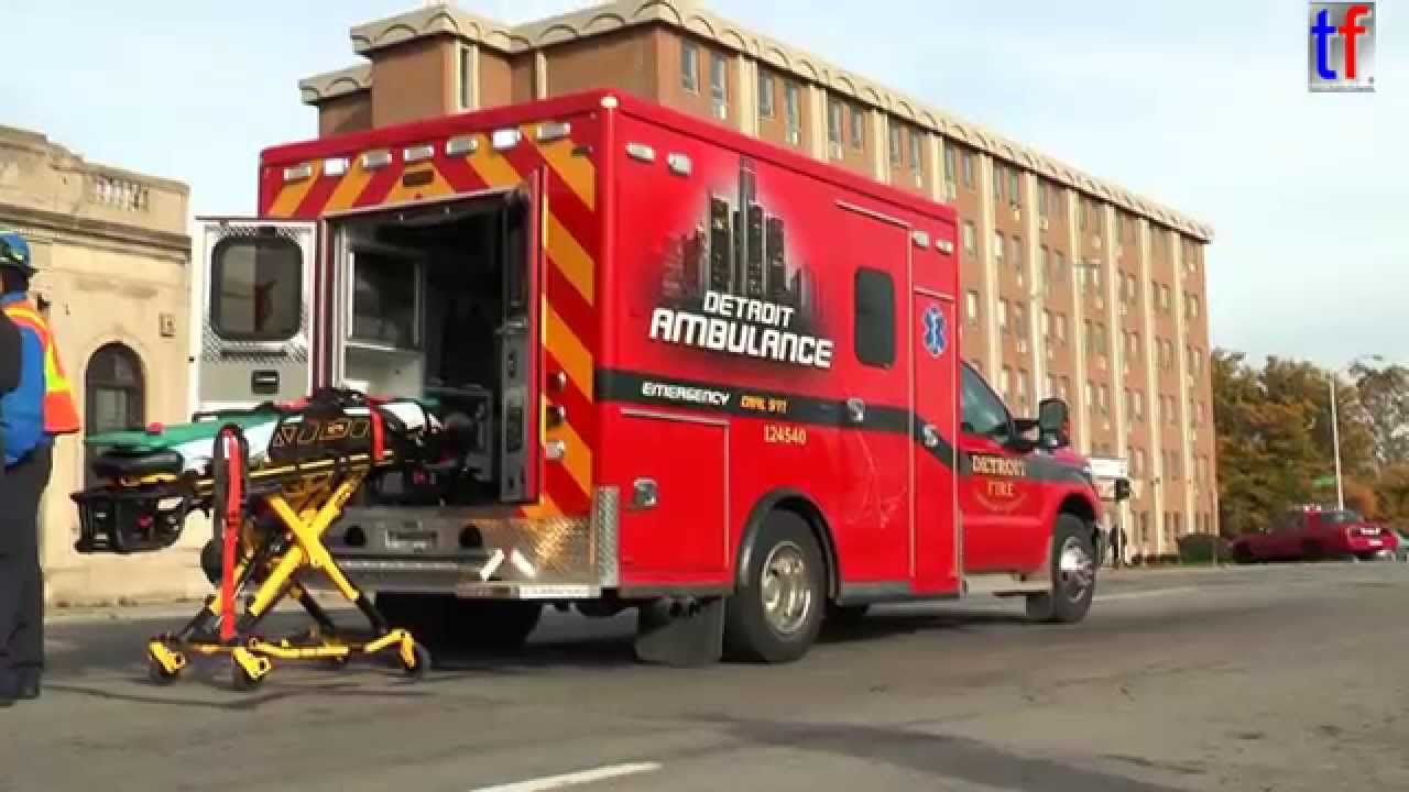 BRAND NEW** Detroit Fire Department Medic 1 Ambulance Look Around ...