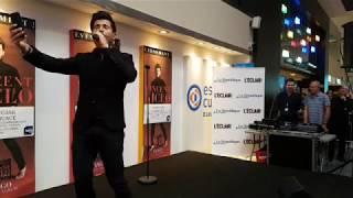 Vincent Niclo en showcase au Leclerc Université de Pau
