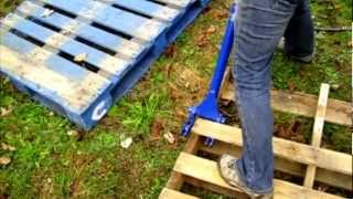 Debbie Uses The Deluxe Pallet Buster To Turn Free Wood Pallets Into Free Lumber