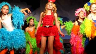 kaitlin-singing-amazing-mayzie