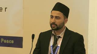 Glasgow Ahmadi Muslims host 'Love Thy Neighbour' dinner
