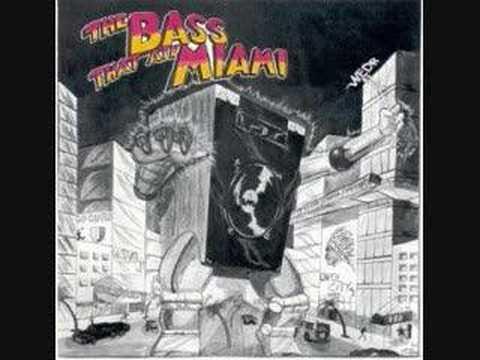 Maggotron Crushing Crew - The Bass That Ate Miami