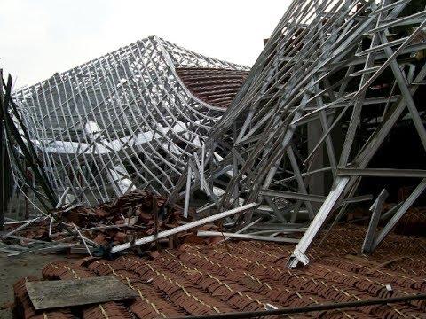 rangka atap baja ringan setengah kuda hati pemasangan bisa ambruk jika