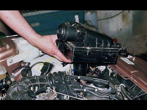 17 янв 2016. Самостоятельная замена сменного элемента воздушного фильтра лада приора (lada priora). Пошаговое описание работы с.