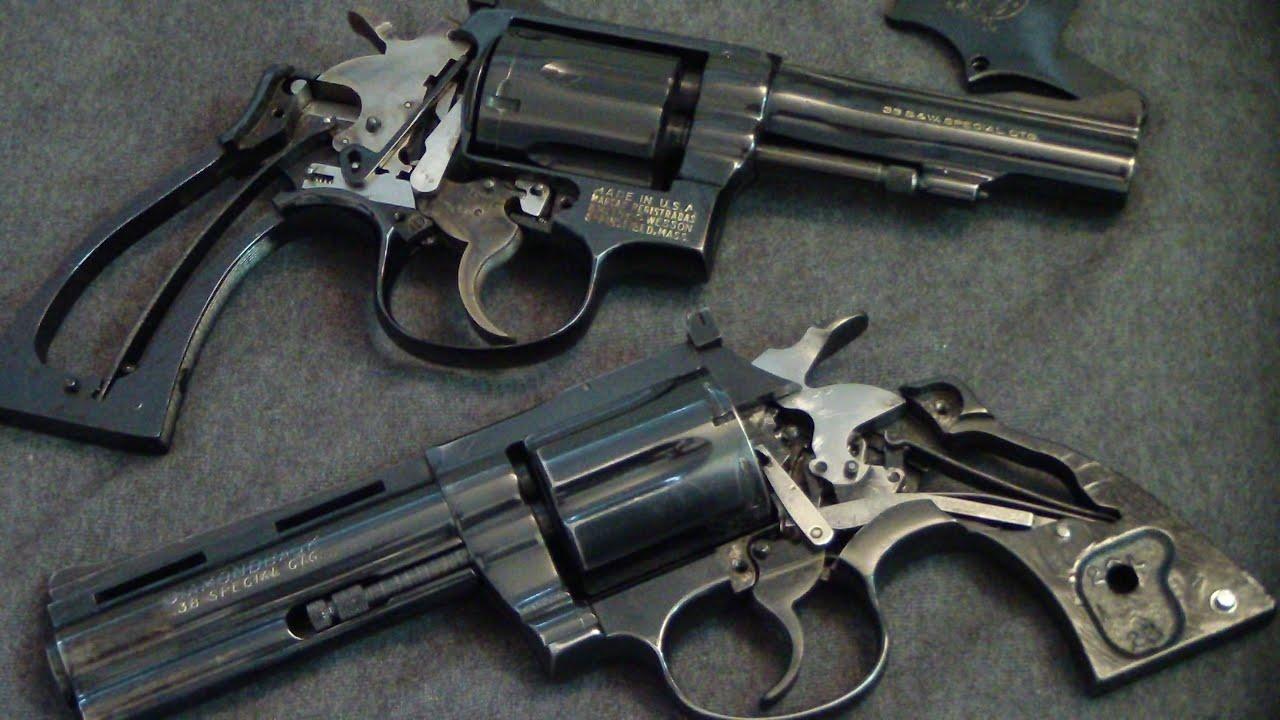 Colt revolvers VS Smith & Wesson revolvers BATJAC J W