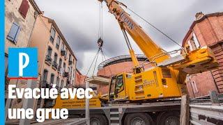 Perpignan : l'exploit logistique qui a sauvé Alain, 250 kg, coincé dans son logement depuis des mois