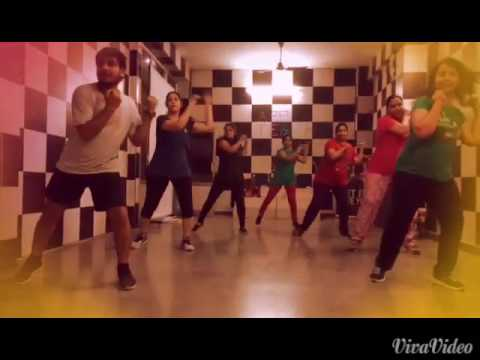 Zumba# music# golmaal song # cardio workout#enjoying zumba fitness club