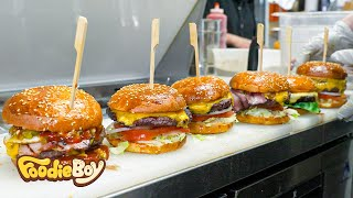 Sold out every day! The hamburger that won the 1st place in the US Best Burger Awards 3 times!
