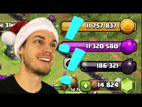 Clash of Clans: That loot tho!!  Christmas Day Special!!!