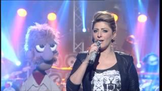 שרית חדד ורד בנד בביצוע נדיר לטרייסי צ'פמן Baby can I hold you - Sarit Hadad