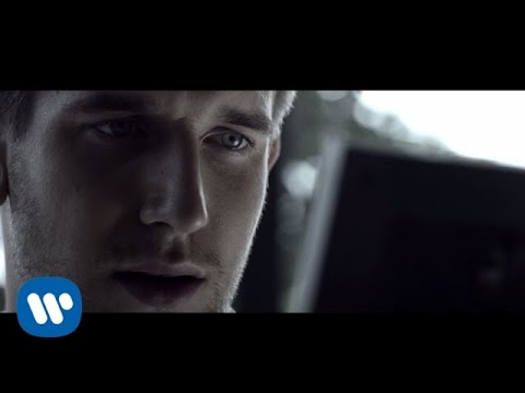Max Frost - Let Me Down Easy [Official Video]