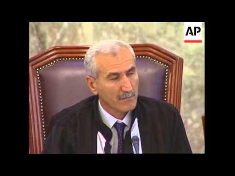 Frmr US Attorney General Ramsey Clark addresses court