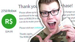 BUYING ROBUX WITH MY FRIENDS CREDIT CARD!! (Roblox)