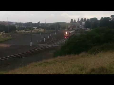 N-Class V/Line Locomotive leaving Warrnambool