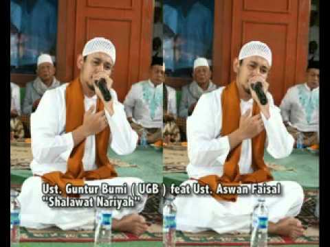 Ustadz Guntur Bumi ( UGB ) feat Ust. Aswan -  Yaa Badratim.mp4