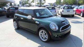 2011 Mini Cooper S 6-spd Start Up, Exhaust, and In Depth Tour
