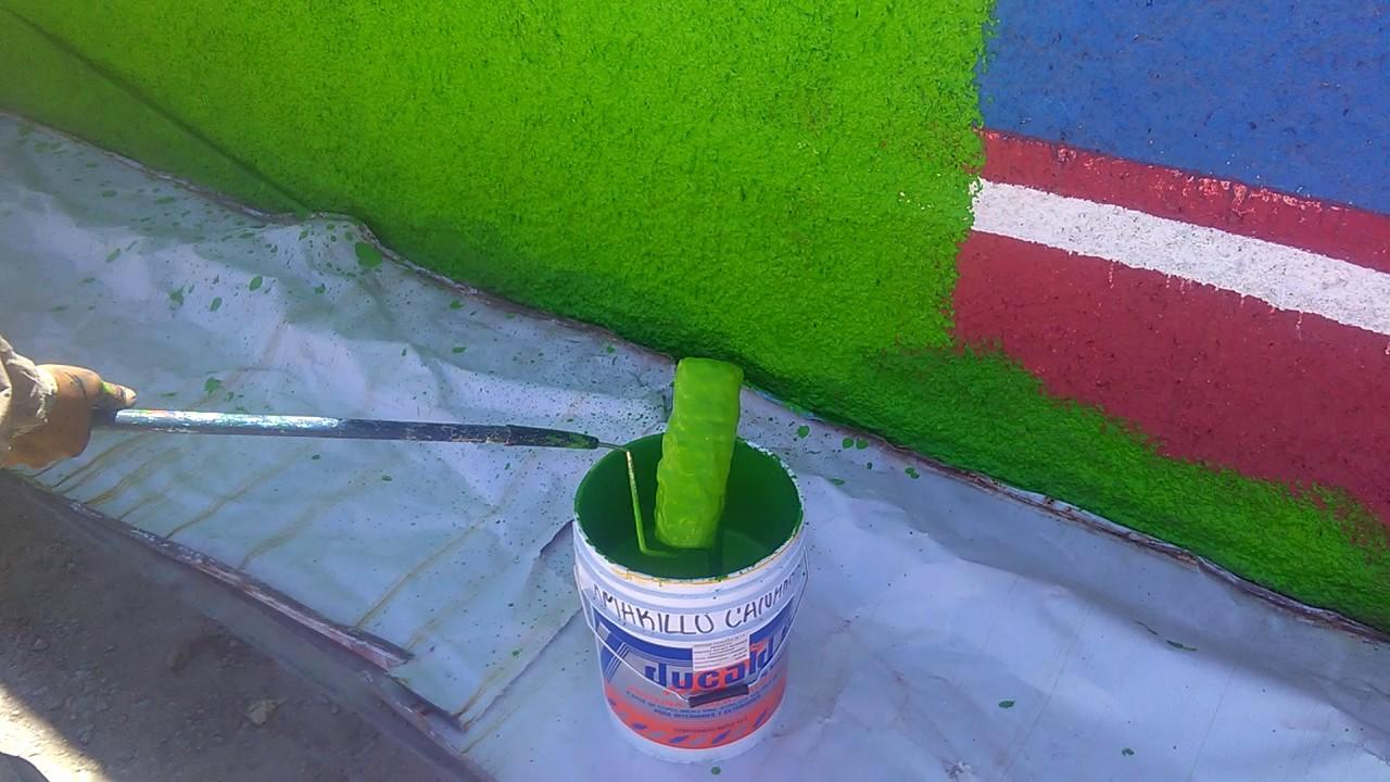 Como pintar en superficie rugosa - YouTube