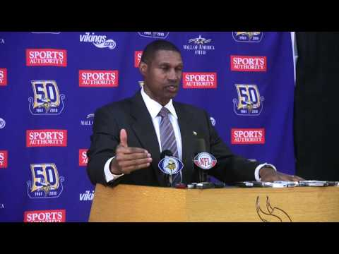 Zygi Wilf introduces Leslie Frazier as Vikings interim head coach