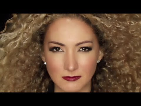 Erika Ender - Arena Movediza  (Official Video)