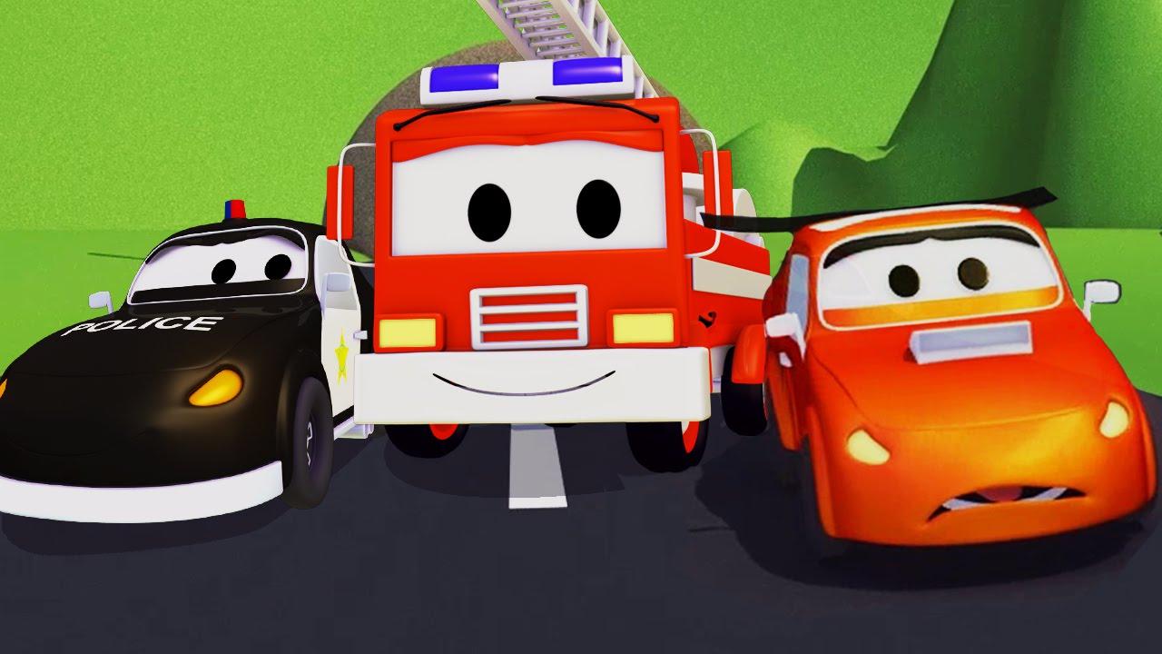 La Super Patrulla Con El Malo Coche De Carreras En Auto City Autos