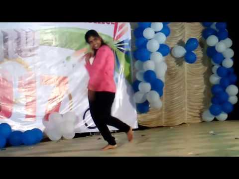 Students dance program in ists at 2016 dec 31
