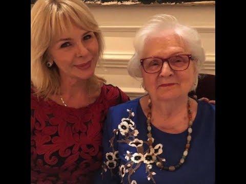 ✅  Грудь Софьи Каштановой без фотошопа оказалась ещё роскошнее
