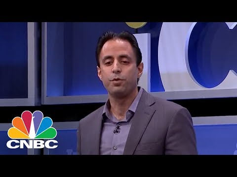 Deepak Malhotra Shares His Award Winning Negotiation Tips | CNBC
