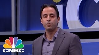 Deepak Malhotra Shares His Award Winning Negotiation Tips | CNBC thumbnail