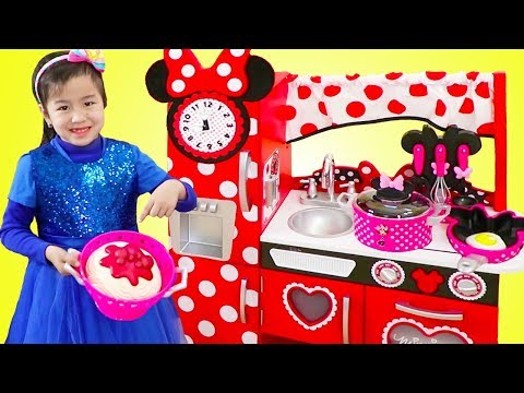 Wendy Pretend Play With Barbie Makeover Toy Doovi