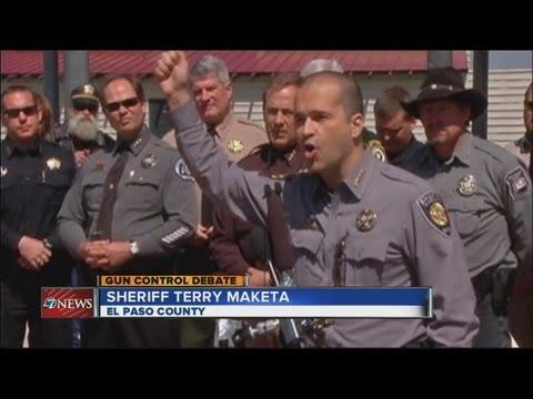 Sheriffs duel Obama over anti-gun laws