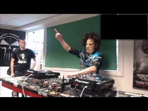 DJ-D.Chainsaw - Live at Warp2one Hardcore Terror live DJ set mix (Live radio stream mix)