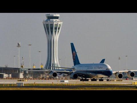 Download Erste Landung auf Pekings neuem Mega-Airport Daxing