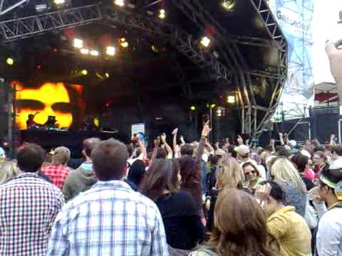 Tom Middleton plays Blur - Song 2 @ Get Loaded 2009.mp4 mp3