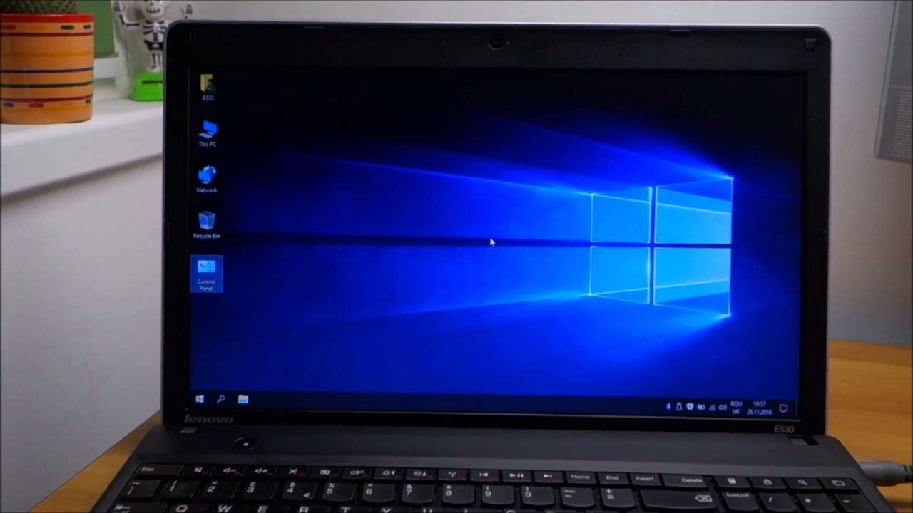 Windows 10 working perfectly on Lenovo ThinkPad Edge E530 - YouTube