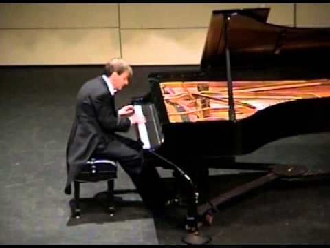 Philippe Biaconi plays Liszt's Mephisto Waltz No 1 at the CAC