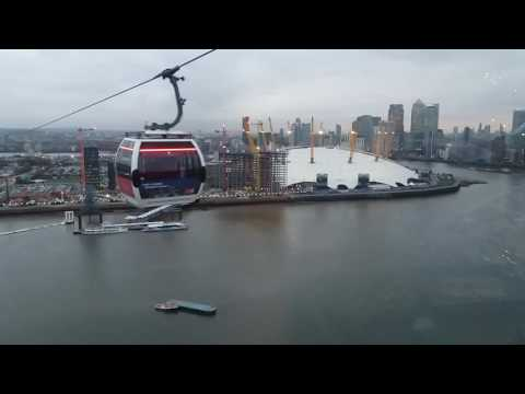 LONDON CABLE CAR ACROSS THE RIVER THAMES EMIRATES AIR LINE CABLE CAR