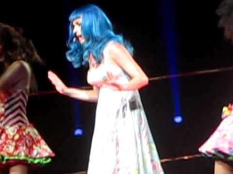 Katy Perry - Last Friday Night - Detroit 6/28/11