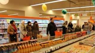 Святочный флэшмоб в Нежине(Уездные новости www.uezd.com.ua., 2013-01-13T13:44:15.000Z)