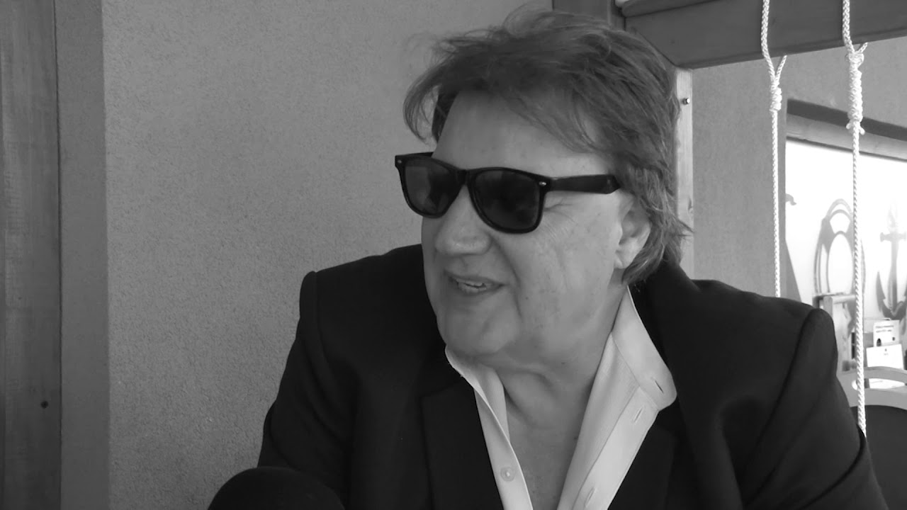 BACKSTAGE - POSLEDNOTO INTERVJU NA DRAGAN VUCIC - YouTube