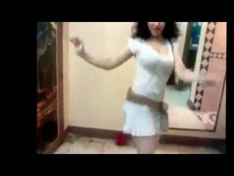 Sexy Iranian Girl Doing Bandari Dance