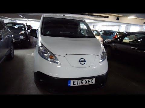 Nissan eNV200 review