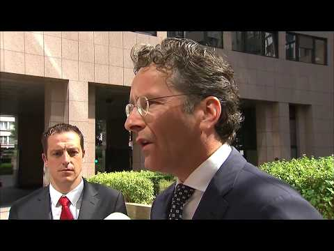 Arrival and doorstep Eurogroup President (Dijsselbloem)