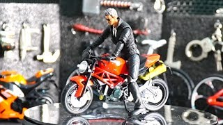 Unboxing & review Diecast motorbike, motorcycle miniature with 1/10 scale joytoy crossfire figure