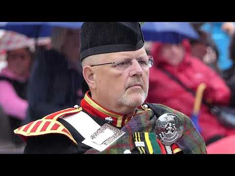 Best Pipe Band In The World? - You Decide! [4K/UHD]