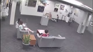 Kansas Parents May Be Stuck With $132,000 Bill After Kid Knocks Over Sculpture