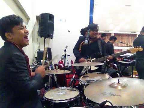 Lagu Batak Parombus-ombus Versi Band Musik Batak Live