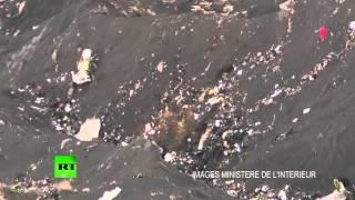 Кадры с места крушения лайнера Airbus A320 во французских Альпах(Министерство внутренних дел Франции опубликовало видеозапись с места крушения лайнера Airbus A320 авиакомпани..., 2015-03-25T14:14:05.000Z)