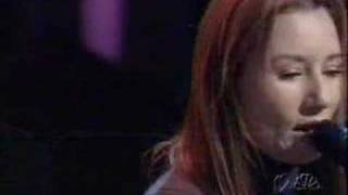 Tori Amos -1000 Oceans (Rosie O'Donnell Show  20 oct 1999 )
