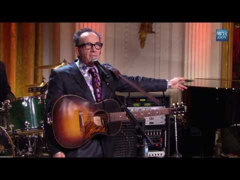 "Elvis Costello Performs ""Penny Lane"" 